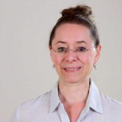 Nanda Schenkels van Yogaplaza Nederland